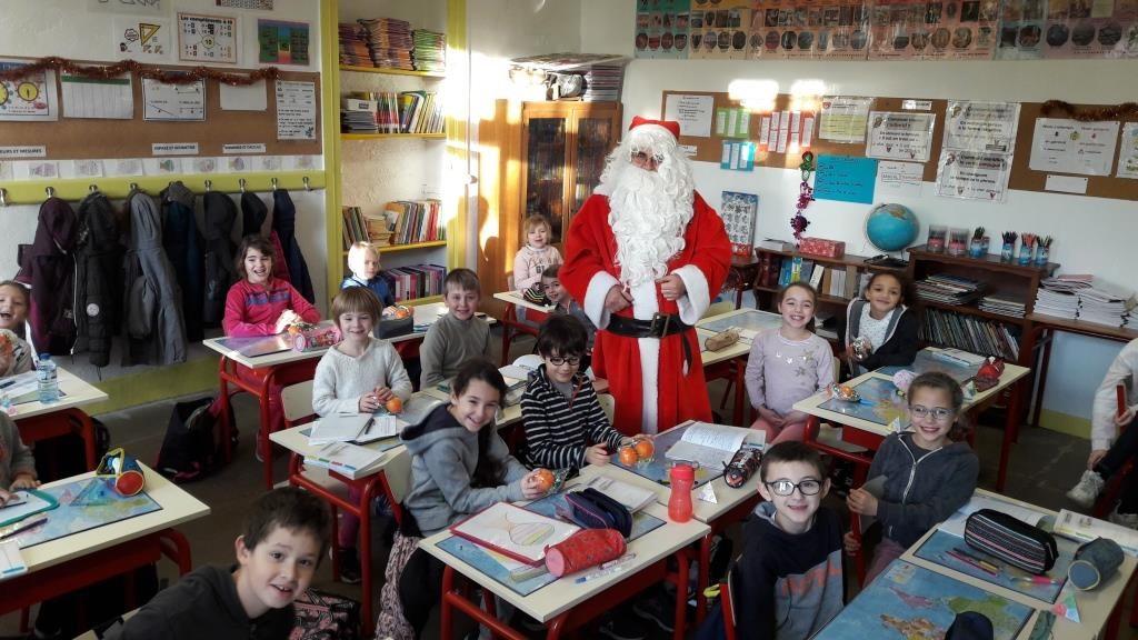 Père Noël à l'école décembre 2019